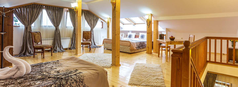 Romantika_accommodation_head_2.jpg